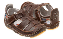 Rileyroos - Chessie in chocolate, infant sandal